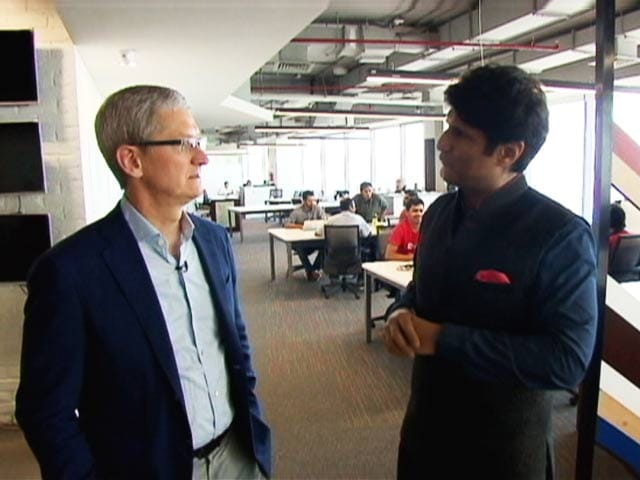 Video : Tim Cook: Up Close and Personal