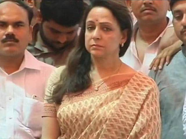 Video : Mathura Clashes: Day After Twitter Row, Hema Malini Joins BJP Protest