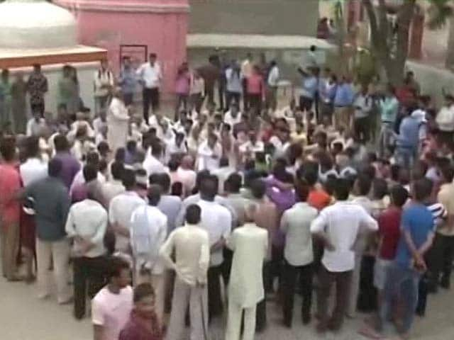 Video : Mohd Akhlaq Was Seen Killing Calf, Says Petition Filed By Dadri Villagers