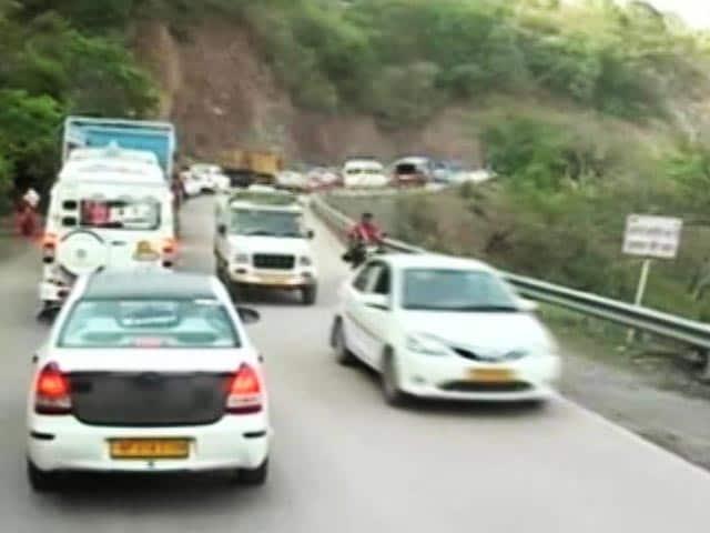 Video : Barrage Of Tourists, Construction Make Shimla Hill Station Of Hustle