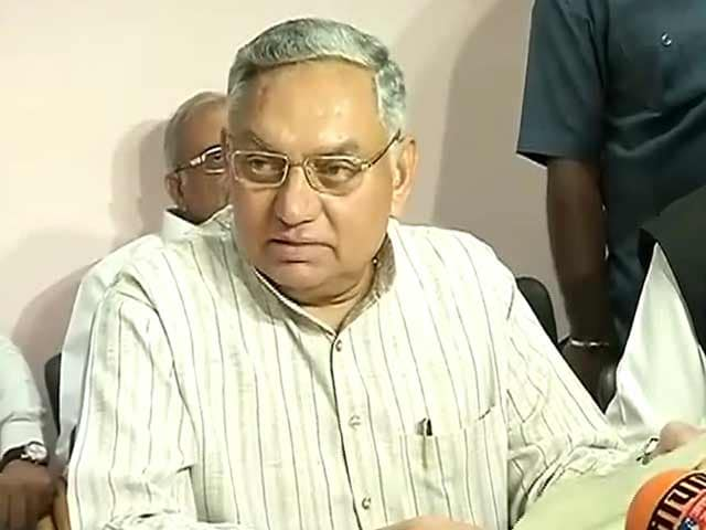Video : इंडिया 7 बजे : कांग्रेस ने क्रॉस वोटिंग करने वाले यूपी के छह विधायकों को निकाला