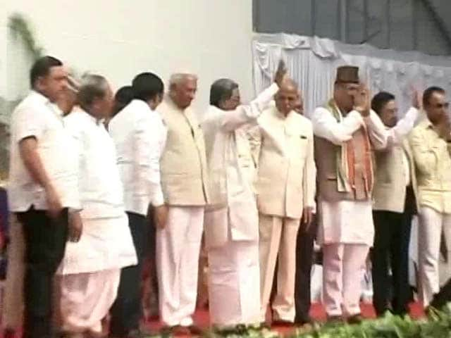 Video : Siddaramaiah Revamps Karnataka Cabinet, Sacks 14 Ministers, Inducts 13