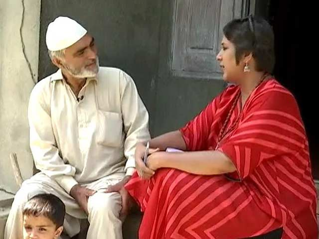 Video : Sainik Colony Storm: Kashmiri Soldiers Treated Like Outsiders At Home?