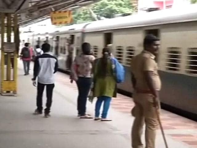 Videos : चेन्नई में इंफोसिस में काम करने वाली एक लड़की की हत्या