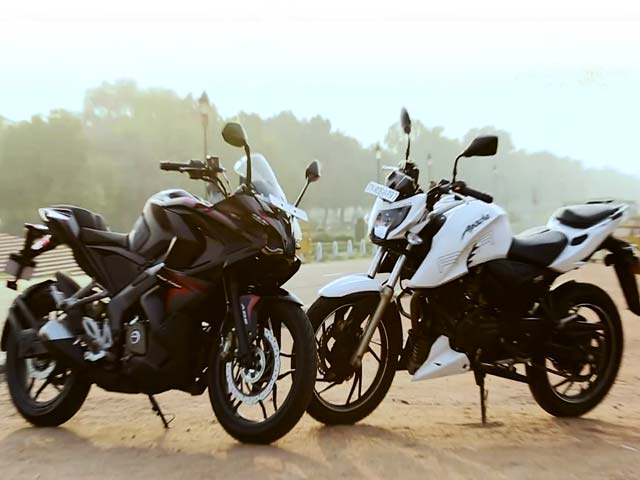 Video : Bajaj Pulsar RS200 vs TVS Apache RTR 200 4V