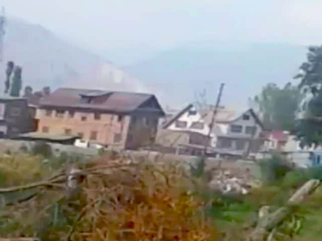 Video : पंपोर में CRPF की बस पर हुए हमले से जुड़ा वीडियो सामने आया