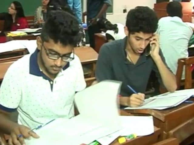 Video : Delhi University Cut-Offs Not At 100 Per Cent But Still High