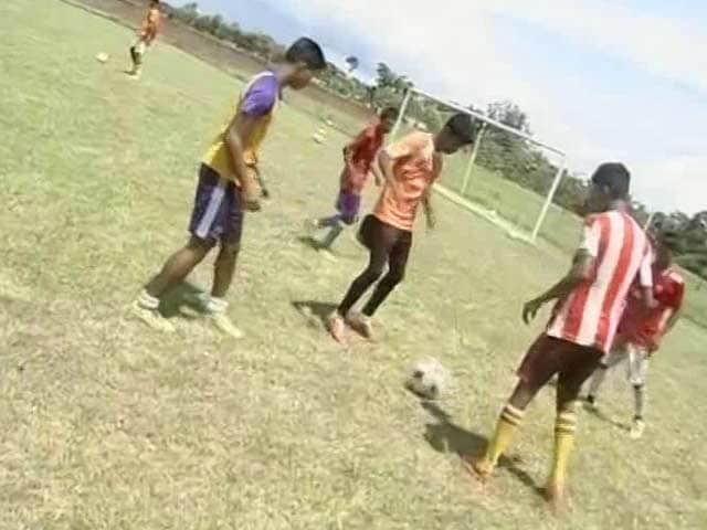 Video : Sex Workers' Children to Compete in International Football Tournament