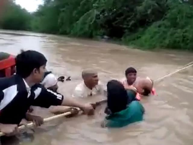 Video : Dramatic Flood Rescue In Maharashtra After Midnight SOS Call To Minister