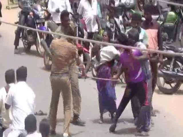Video : In Video, 3 Cops Seen Thrashing Family As People Watch