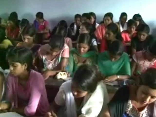Video : This Jharkhand School Can Give Bihar Lessons In Cheating