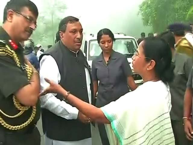 Video : President's Escort Car Falls Into Gorge, Mamata Oversees Rescue Ops
