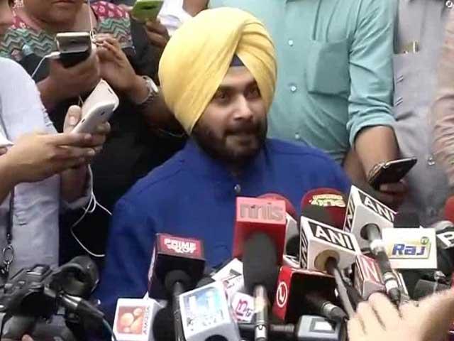 Videos : मुझसे पंजाब से दूर रहने के लिए कहा गया : नवजोत सिंह सिद्धू