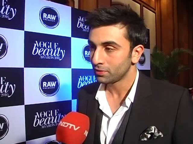 Video : The Biopic Ranbir Kapoor is Really Doing
