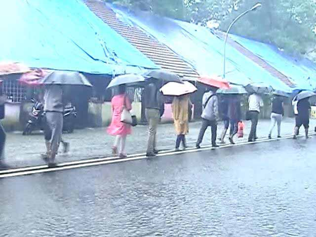 Video : Mumbai Rain Slows Down City, Alert For Next 48 hours