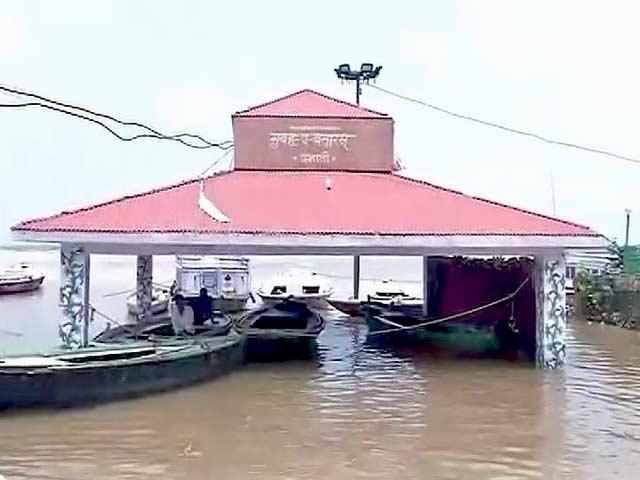 Video : वाराणसी में उफान पर गंगा नदी