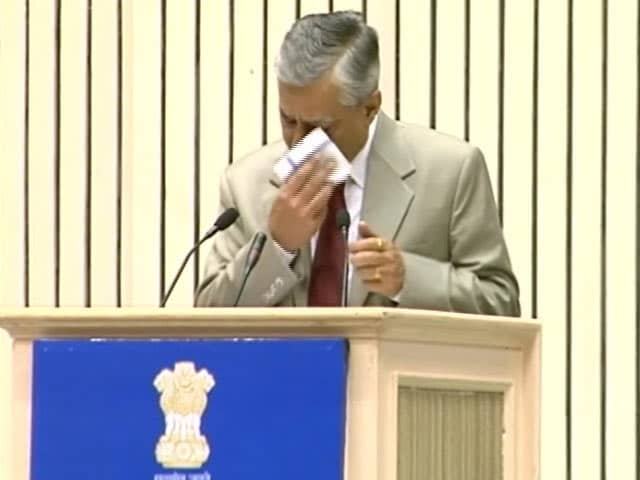 Videos : जजों की नियुक्ति पर केंद्र को SC की फटकार, राहुल ने साधा निशाना
