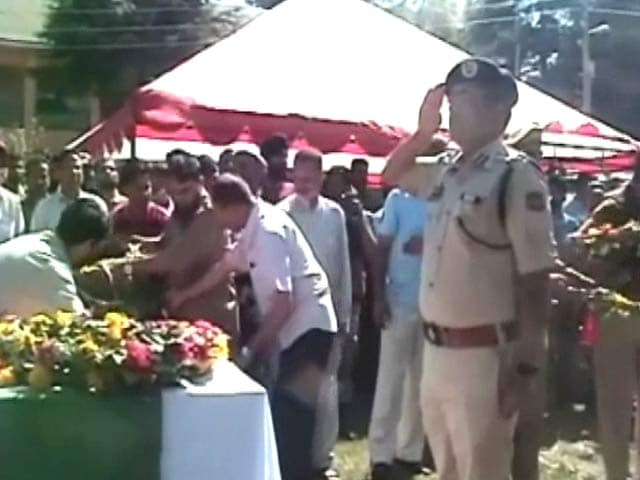 Video : Final Salute To Security Personnel Who Died Fighting Terror In Jammu and Kashmir