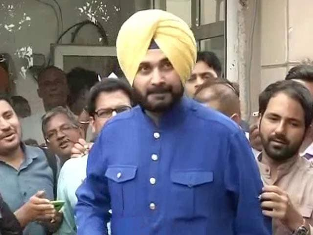 Video : Congress Has Offers For Navjot Sidhu As His Talks With Arvind Kejriwal Falter