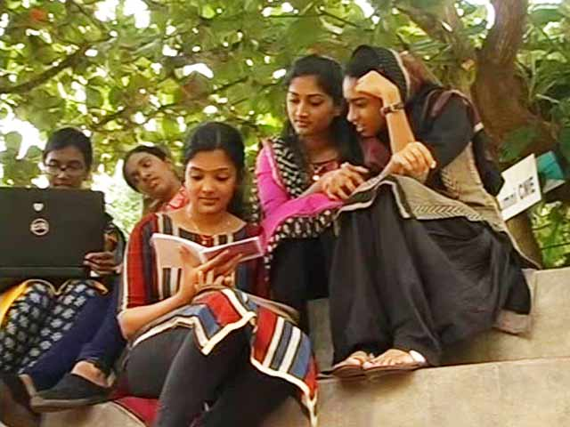 Period Shaming? Stop It. A Medical College In Kerala Shows The Way