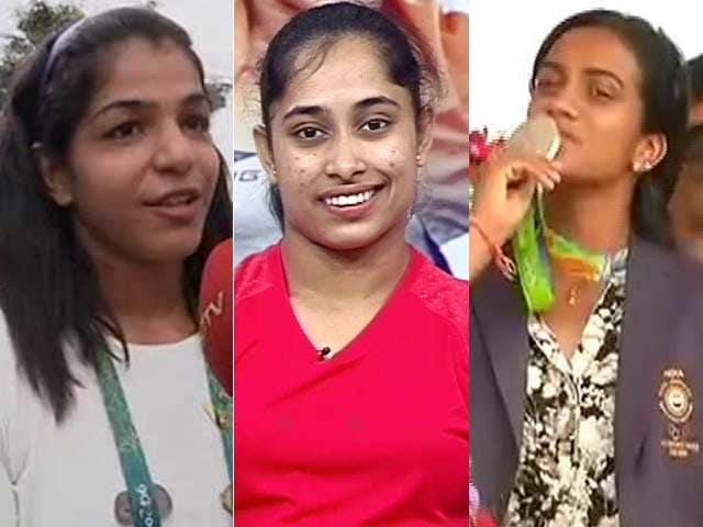 Video : इंडिया 7 बजे : पीवी सिंधु, साक्षी मलिक, दीपा कर्मकार और जीतू राय को खेल रत्न