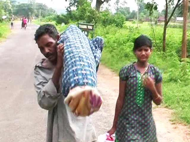 From Hospital, Odisha Man Carried Wife's Body 10 Km With Daughter