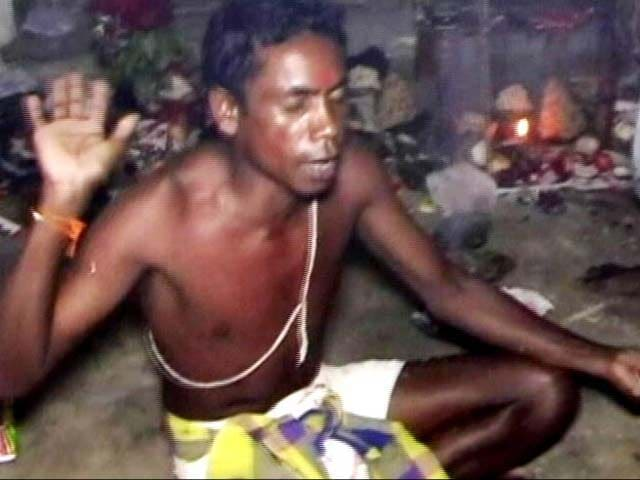 Video : A Tantrik Not Doctor Attends To Ill Students In Odisha Girls' Hostel