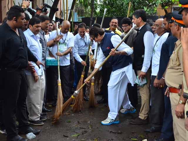Video : Highlights Of Maha Cleanathon Clean-up Drive In Mumbai