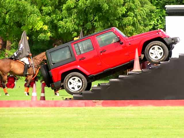 Video : This is How Jeep Launched its SUVs in India
