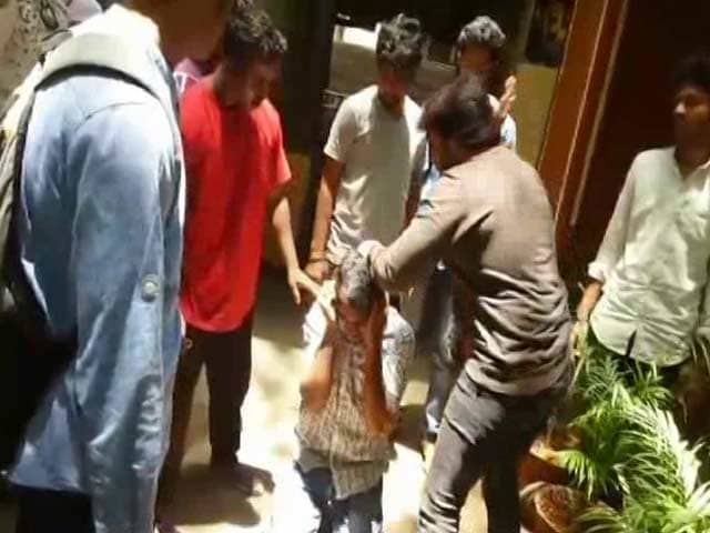 Video : For Post Against Kannada Actors, Engineering Student Thrashed By Mob
