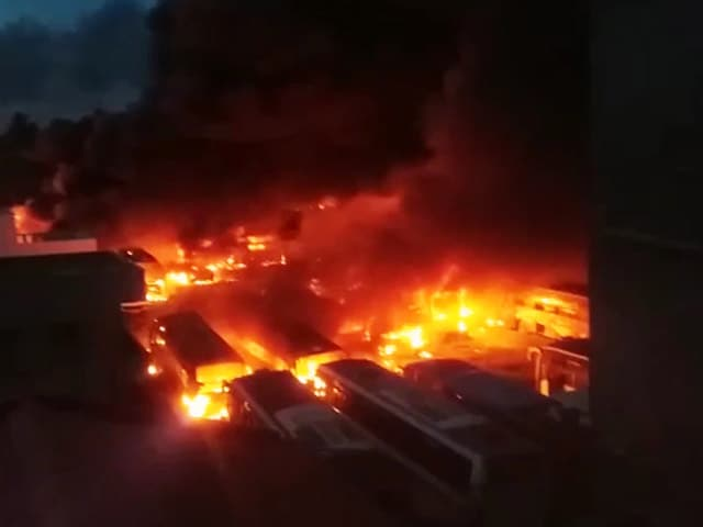 Video : Cauvery Dispute: Over 20 Buses Set On Fire At Depot Near Bengaluru