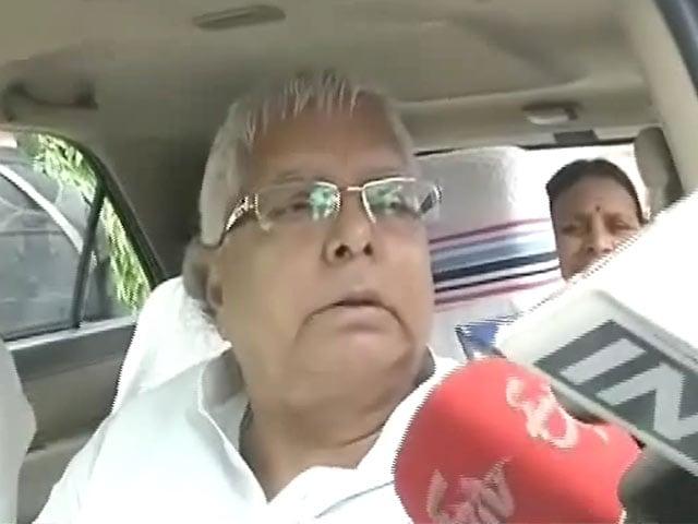 Video : लालू ने रघुवंश के बयान से पल्ला झाड़ा, बोले- नीतीश ही महागठबंधन के नेता