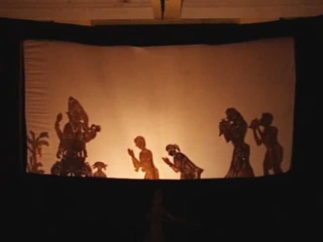 Video : Learning Hindu Epics Through Shadow Plays