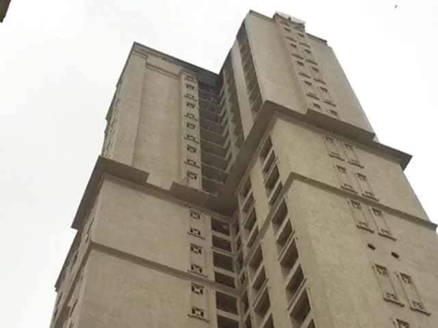 Video : Fire At Mumbai's Hiranandani Tower, No One Injured
