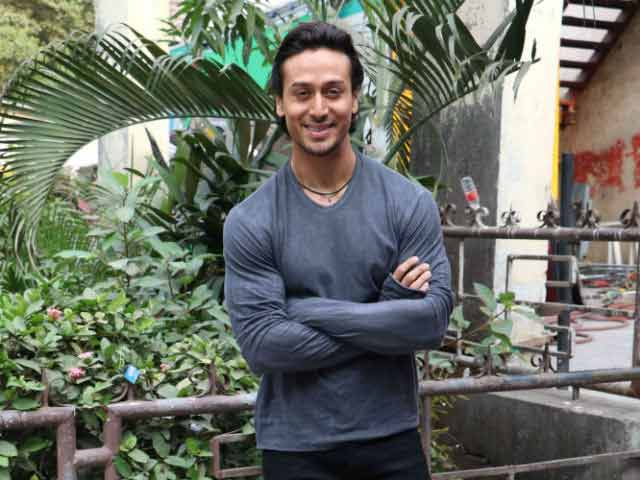 Tiger Shroff to Train With Michael Jackson's Choreographers