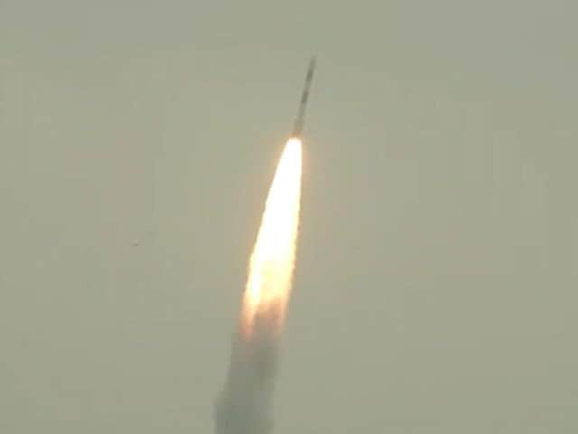 Video : '100% Success' Says ISRO As PSLV Rocket Places 8 Satellites Into Orbit