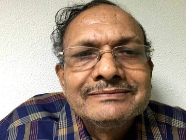 Video : Bureaucrat, Son Kill Themselves. Wife, Daughter Did Same In July