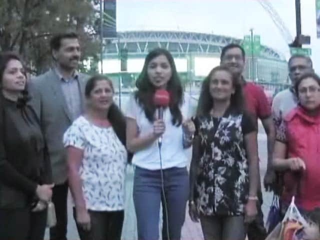 Video : The Magic Of Asha Bhosle's Voice In The UK