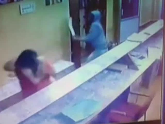 Video : On Camera, Engineer Attacks Woman In Karnataka Temple With Machete
