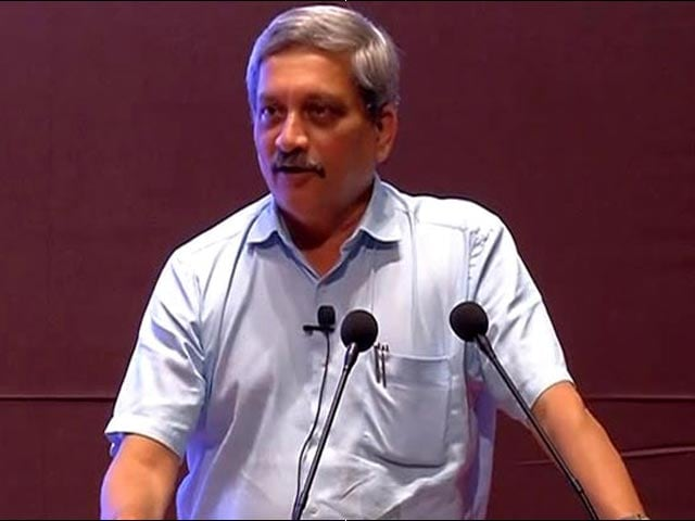 Video : Will Not Accept Any Funds, 'No Catching Of Necks': Manohar Parrikar On 'Ae Dil...' Row