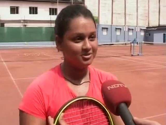 Young Tennis Champion From Bengal Aims to Play French Open