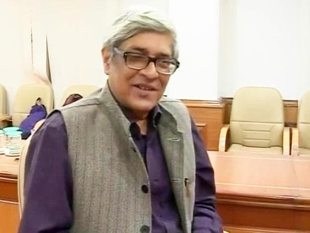 Video : 'Government Is Not Stupid': Economist Bibek Debroy On Notes Ban