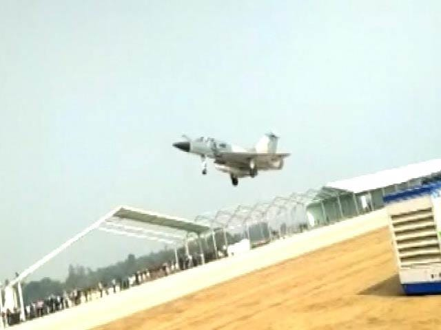 Video : Watch Indian Air Force Jet Practice Landing On Highway In Uttar Pradesh