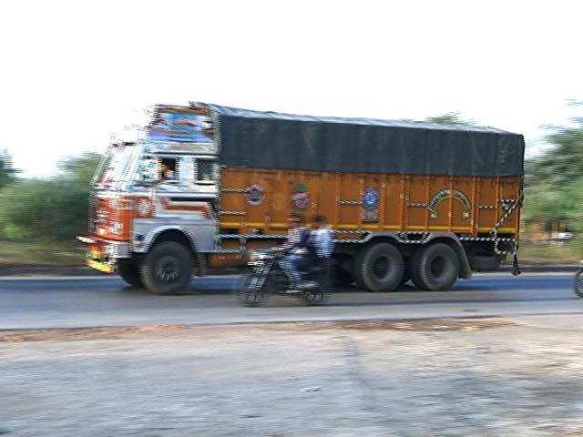Video : Short On Cash, These Trucks Are Running On Trust
