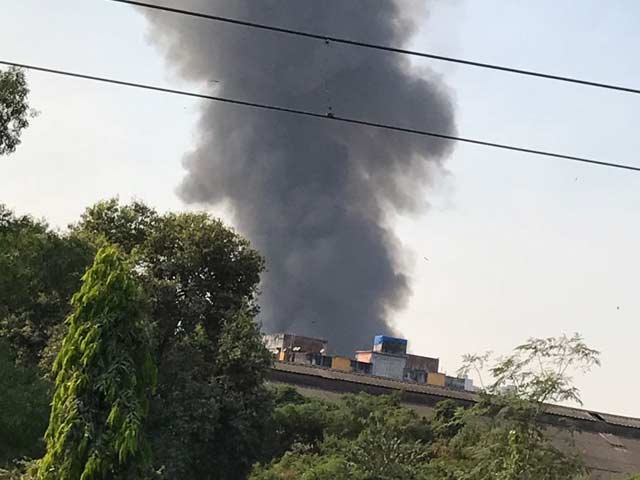 Video : Massive Fire At Furniture Market In Mumbai's Oshiwara
