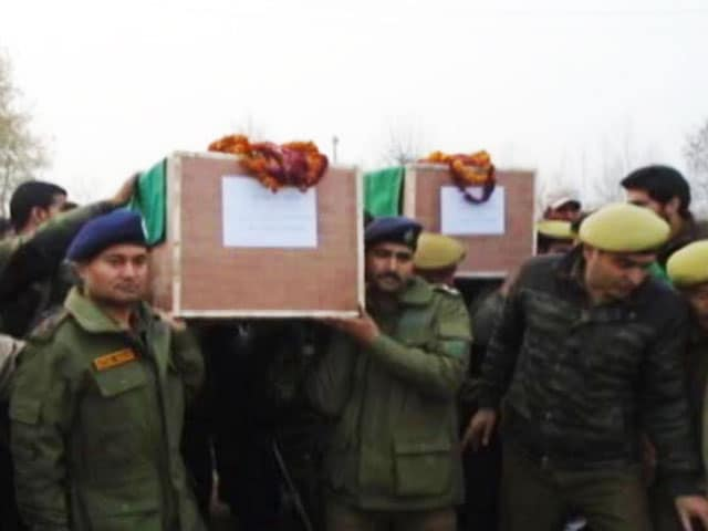Video : Soldier Killed In Encounter In Kashmir's Bandipore; 2 Terrorists Shot Dead