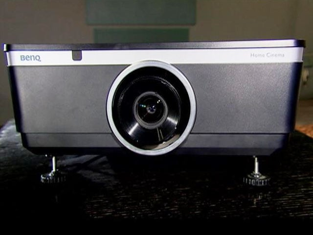 Benq W8000 Projector Video Review