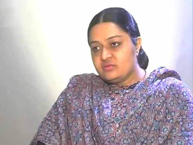 Video : Sasikala Natarajan Not Fit To Lead Party: Jayalalalithaa's Niece