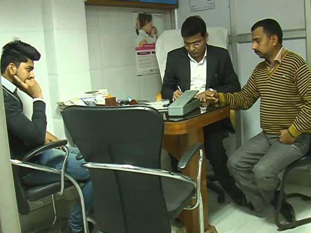 Video : Old Notes? No Money? No Problem, Says Delhi Clinic Amid Cash Crunch