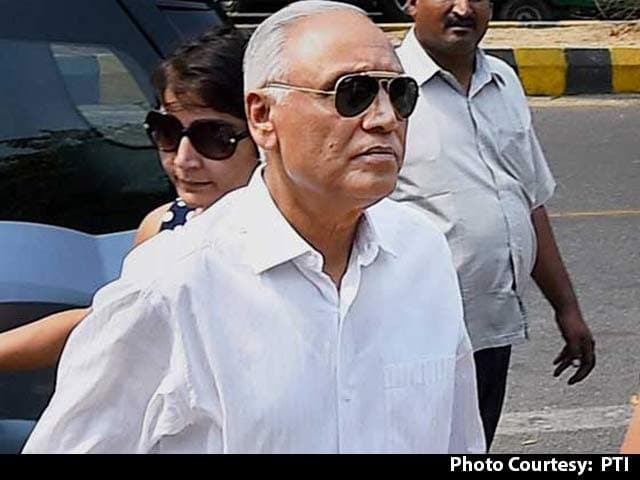 Video : Ex-Air Chief SP Tyagi, Accused In VVIP Chopper Deal, Gets Bail